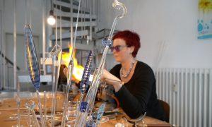 Antje-Otto-Glaskunst Arbeitsplatz Flamme